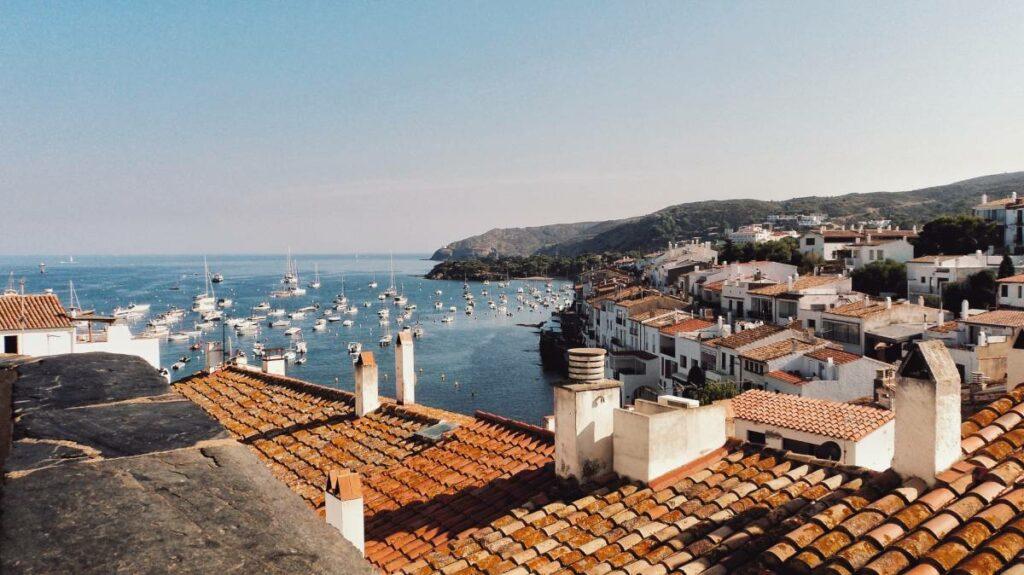 buy to rent in Spain