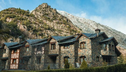 Living in Andorra pros and cons