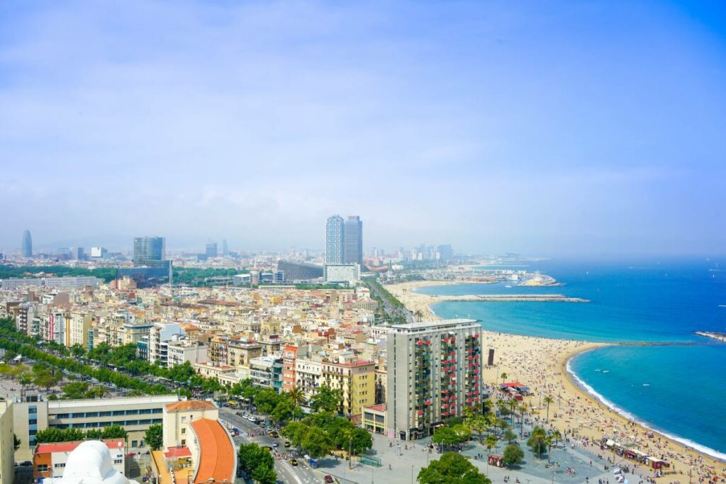 move to spain from EEUU